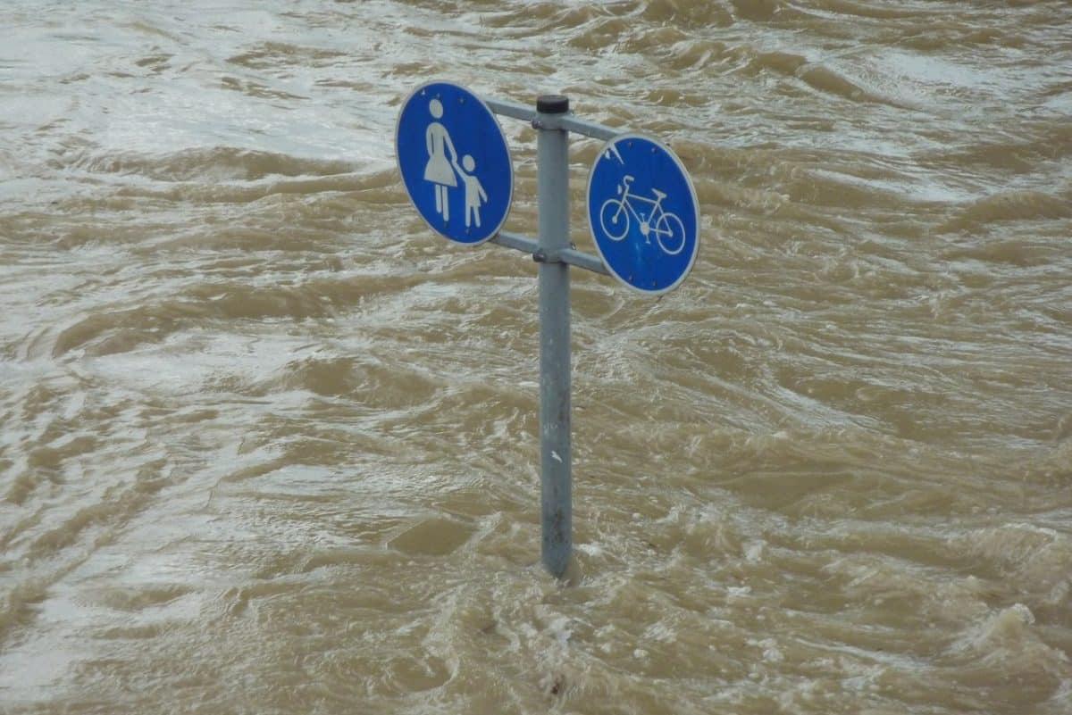 Las inundaciones cada vez más frecuentes son una de las consecuencias del cambio climático