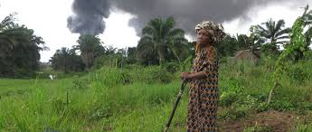 Poblaciones africanas afectadas por la extracción de gas y petróleo