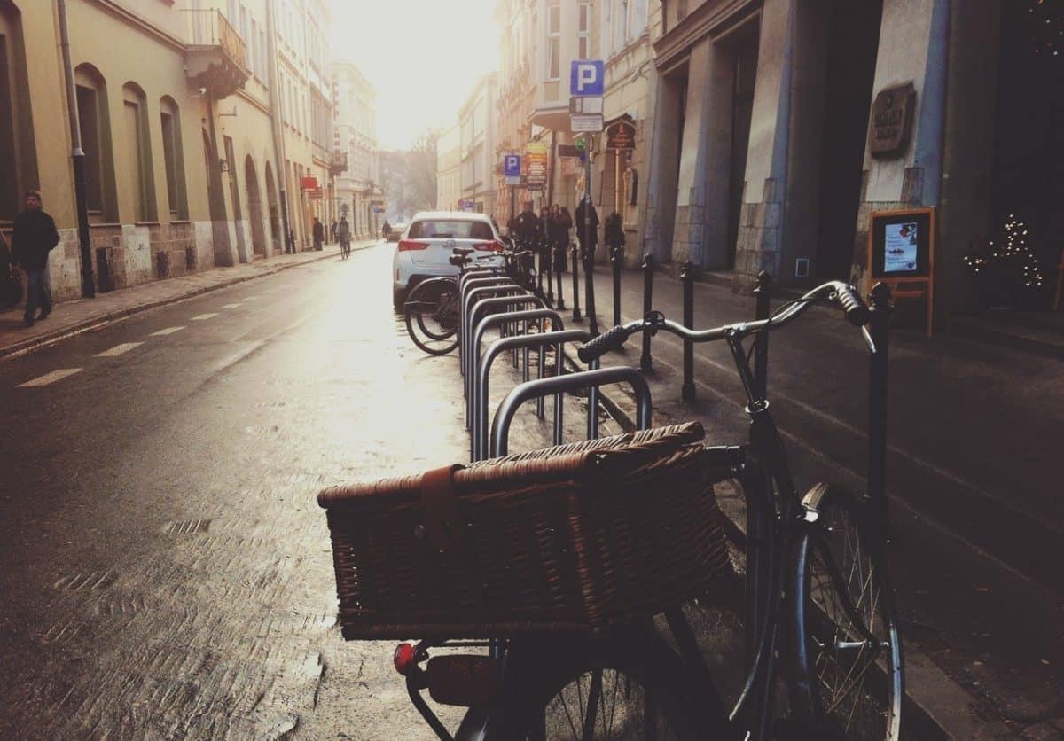 Estacionamiento para bicicletas: una de las medidas a optar por las instituciones para fomentar la movilidad sostenible